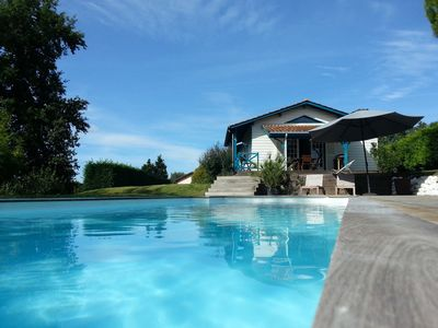 Photo for 4BR House Vacation Rental in Artigues-près-Bordeaux, Gironde