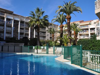 Photo for 2 Rooms Cannes Air-conditioned Pool Parking 3 stars Gites de France