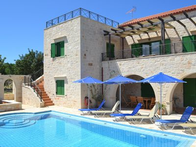 Photo for Lovely Villa in Douliana With Private Pool, Mountain And Sea Views