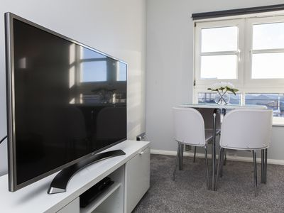 Photo for amazing apartments: Annandale Street. Central luxury apt, free parking, sleeps 5