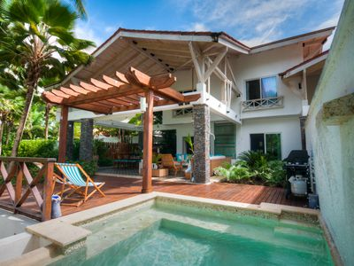 Photo for 3 Bedroom, 3.5 Bathroom, Beachfront Luxurious Private Townhouse, family-friendly
