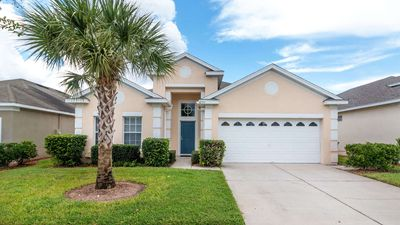 Photo for Perfect home for a family visiting the attractions with 4 bedroom 3 bathrooms