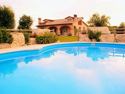 Photo for Private Villa with A/C, private pool, WIFI, TV, patio, panoramic view, parking, close to Lucca