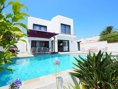 Photo for Vacation home Norfeu in Empuriabrava - 10 persons, 4 bedrooms