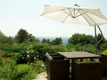 COTTAGE 4 STARS 600 m altitude, exceptional views, 10 minutes from Besançon 25