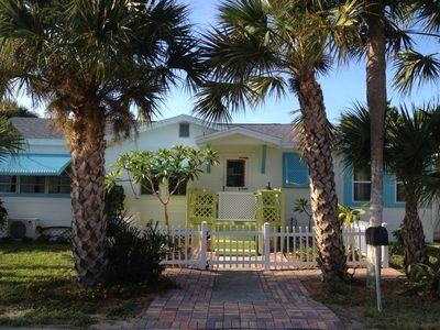 Welcome to the 'Mermaid House'. Come enjoy one of Florida's BEST kept secrets!