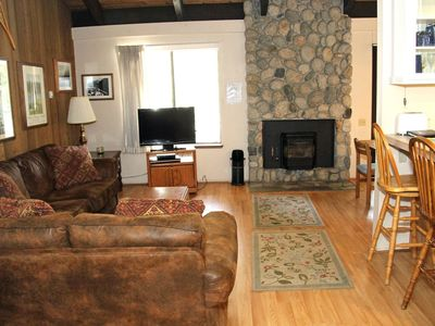 Photo for 1 Bedroom & Loft, 2 Bathroom, Sleeps 6, Two Levels to enjoy for your Mammoth Lakes Vacation