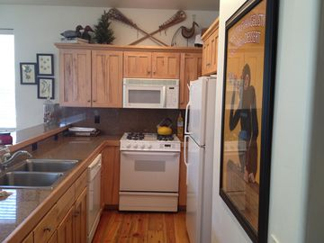 Reviews Say It All Modern Comfort Just Bl Vrbo