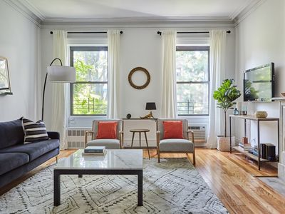 Photo for West 20th Street - Two Bedroom Apartment, Sleeps 5