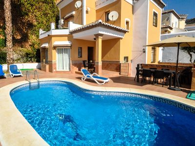 Photo for Lovely villa with private pool in Nerja