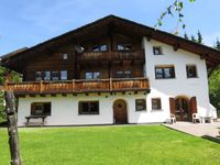 LOvely well equipped chalet in lovely village