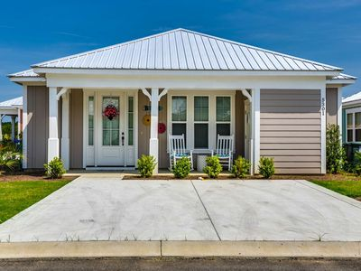 Photo for 2BR Bungalow Vacation Rental in North Myrtle Beach, South Carolina