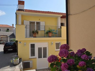 Photo for Two bedroom apartment with terrace Vrbnik (Krk)