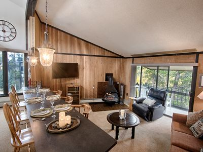 Photo for 0.4 mi to Peak 8! Mtn view! Super comfort! 10% off nightly rate w/ 7-night stay!