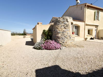Photo for Margaillan - Pretty house with garden, parking and air-co