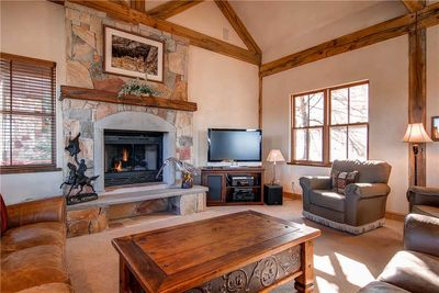 Cozy living room large screen TV gas fireplace - Park City Lodging-220 King Road