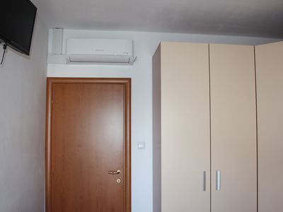 Photo for Charming room Filip ° 2 with air conditioning & Wi-Fi