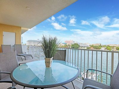 Photo for Pet Friendly, Marina Views, Modern Décor, Gourmet Kitchen, Pedestal W/D, Soaking Tub-404 Bay Harbor