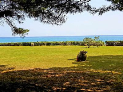Photo for Villa in front of the sea, large garden and private tennis court