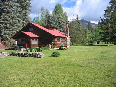Photo for Cozy Log Is Waterfront With 4 Bedrooms, 2 Baths & 2 Acres