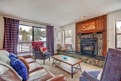 Tyra Summit A2F - a SkyRun Breckenridge Property - Living room with walk-out private balcony