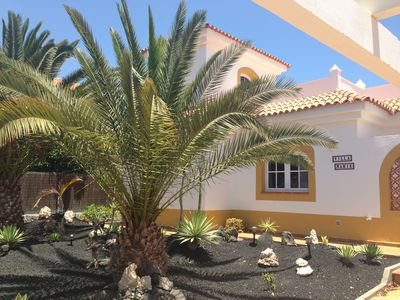 Photo for Attractive private villa on Caleta de Fuste Golf Course