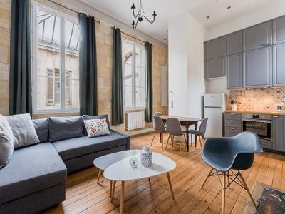 Photo for Charming 6Pers duplex in the heart of Bordeaux