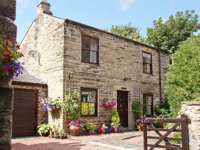 Photo for CRESCENT COTTAGE, character holiday cottage in Haltwhistle, Ref 1168