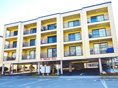 Photo for Silver Sun 310-Oceanside 143rd St, Free WiFi, Pool, W/D, AC