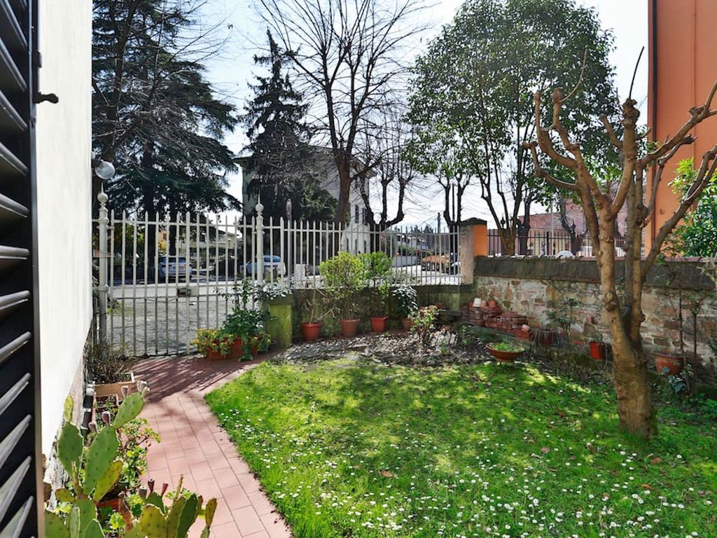 Classic Home In Lucca With Garden And Parking Monte San