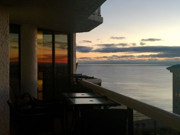 Panoramic Views!!! This is the rental for you! Beach Service Included