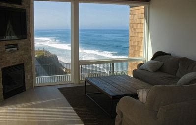 Spectacular Whitewater View 2 Bedroom Condo- 1st Class Updates