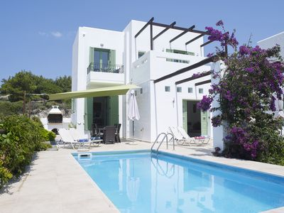 Photo for Beautiful Detached Villa, Private Pool & Sea Views close to village and beach