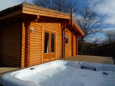 Scotsview Log Cabin Hot Tub and Deck