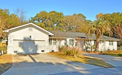 Photo for Fully Renovated Island Getaway!