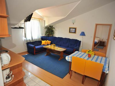 Photo for One bedroom apartment with air-conditioning Sutivan, Brač (A-16846-c)