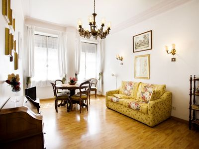 Photo for Casa Gilda apartment in Borghese-Parioli with WiFi, air conditioning & lift.