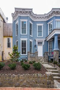 Photo for Capitol Hill/ US Senate/US Capitol. One Bdrm Apt