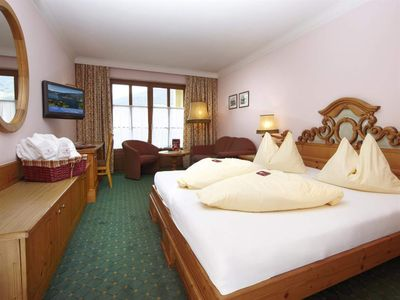 Photo for Cuddle room with shower, toilet, balcony - The Romantikhotel Zell am See
