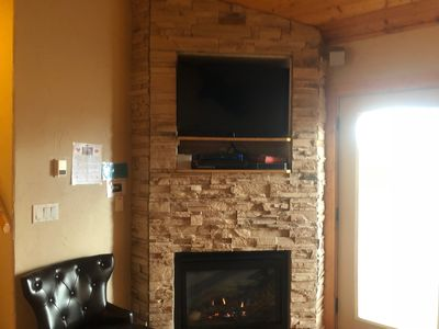 Elk Ridge Fireplace and Smart TV