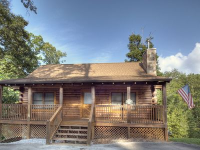 Photo for ER 222 – Robins' Nest | Great Location – Close to town!