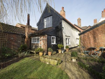 Photo for Charming 15th century cottage in elegant and historic Hingham