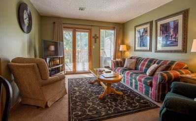 Photo for Woodsy Wonder - Adorable 2 bed/2 bath unit at Notch, steps away from pool!