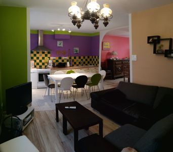 Photo for Spacious and quiet house, capacity up to 9 people, Wifi