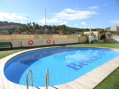 Photo for Apartment 200 m from the beach, a / c, wifi and communal pool