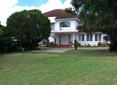 Located on a very quiet road in the very central Liguanea/Barbican area.