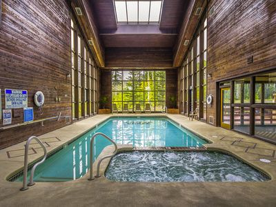 Photo for Condo 114, Wifi, Community Pool, Jacuzzi, Lounge, Fireplace, Laundry