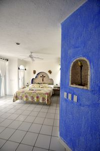 Photo for Romantic Studio - Absolute Beachfront - Private Balcony and Extraordinary Views