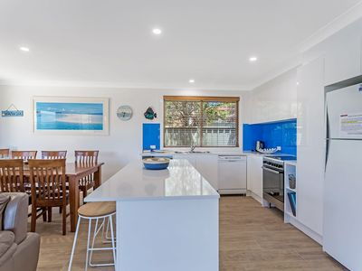 Photo for Chill out at Fingal Bay, 1/17 Jellicoe Close