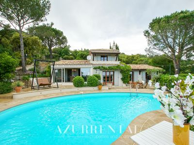Photo for Very nice villa with private pool, lovely view and close to Grimaud-village